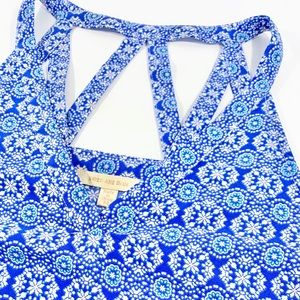 SKIES ARE BLUE Cut-out Blouse